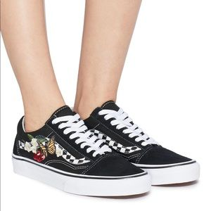 Vans Old Skool floral embroidered sneaker